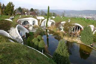 Casas bajo tierra, ecológicas, bioclimáticas en Dietikon, Suiza