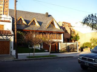 Casa residencial tipo chalet