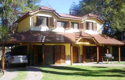 Arquitectura de casas otra casa quinta en buenos aires for Modelo de casa quinta en paraguay