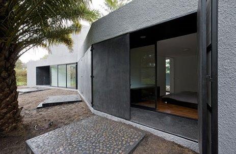 Vista en perspectiva de un sector de la moderna casa argentina