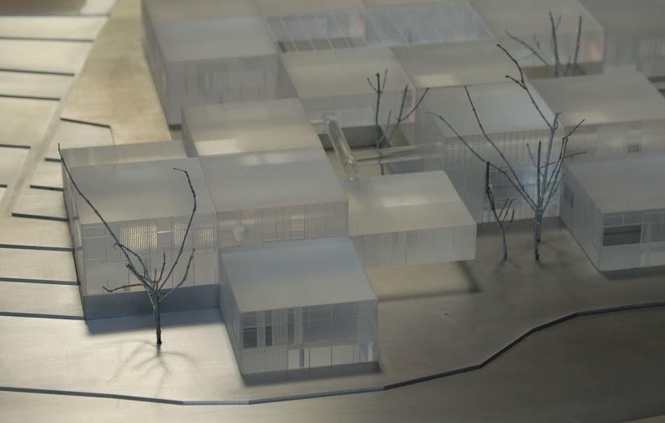 Arquitectura de casas maquetas en metacrilato metal for Maestria en arquitectura de interiores