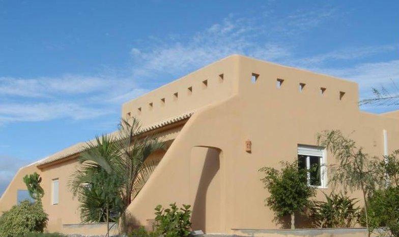 Arquitectura de casas una versi n de casa del mediterr neo for Casas de diseno santa fe