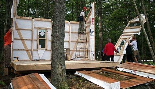 Autoconstrucción rápida de bungalow de madera
