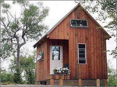Bungalow pequeño de madera en Estados Unidos