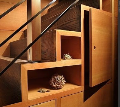Escalera interior madera