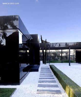 Exterior de la moderna vivienda española