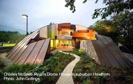 Casa domo de sofisticado y curioso diseño