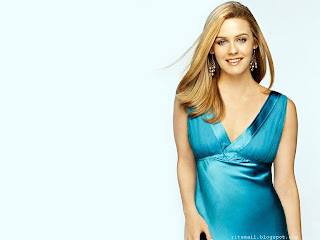 alicia Silverstone Beautyful Wallpaper