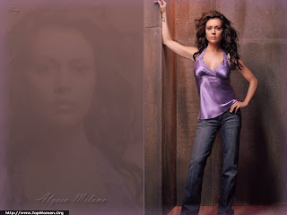 Sexy Alyssa Milano Wallpaper