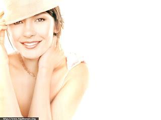 Catherine Zeta Jones Beautyful Wallpaper