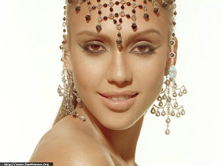 Jessica Alba Jewelry Wallpapers