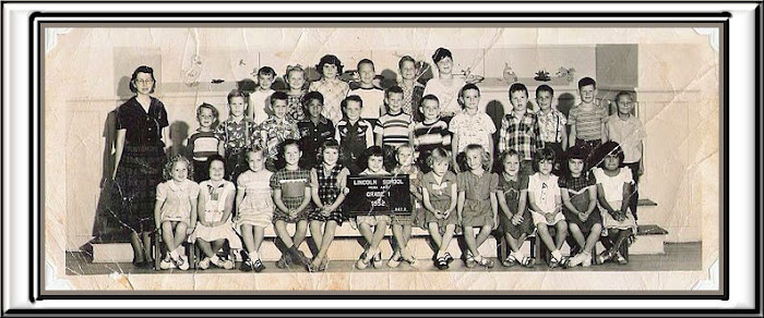 LINCOLN 1st grade group 1952