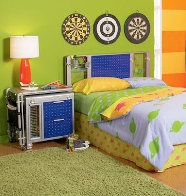 Furniture Sale On Across Some Really Fun Bedroom Furniture Mixter Max