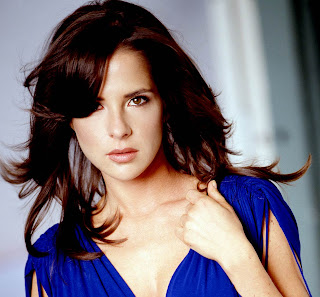 Actress Kelly Monaco sexy Hair
