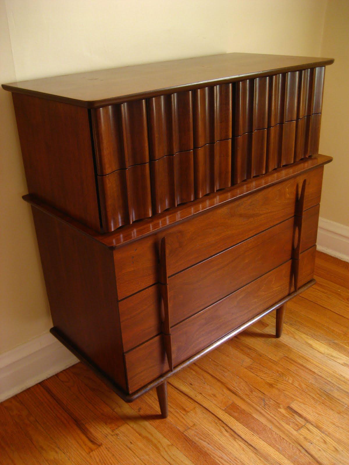 Flatout design mid century modern hi boy for Mid century modern furniture hawaii