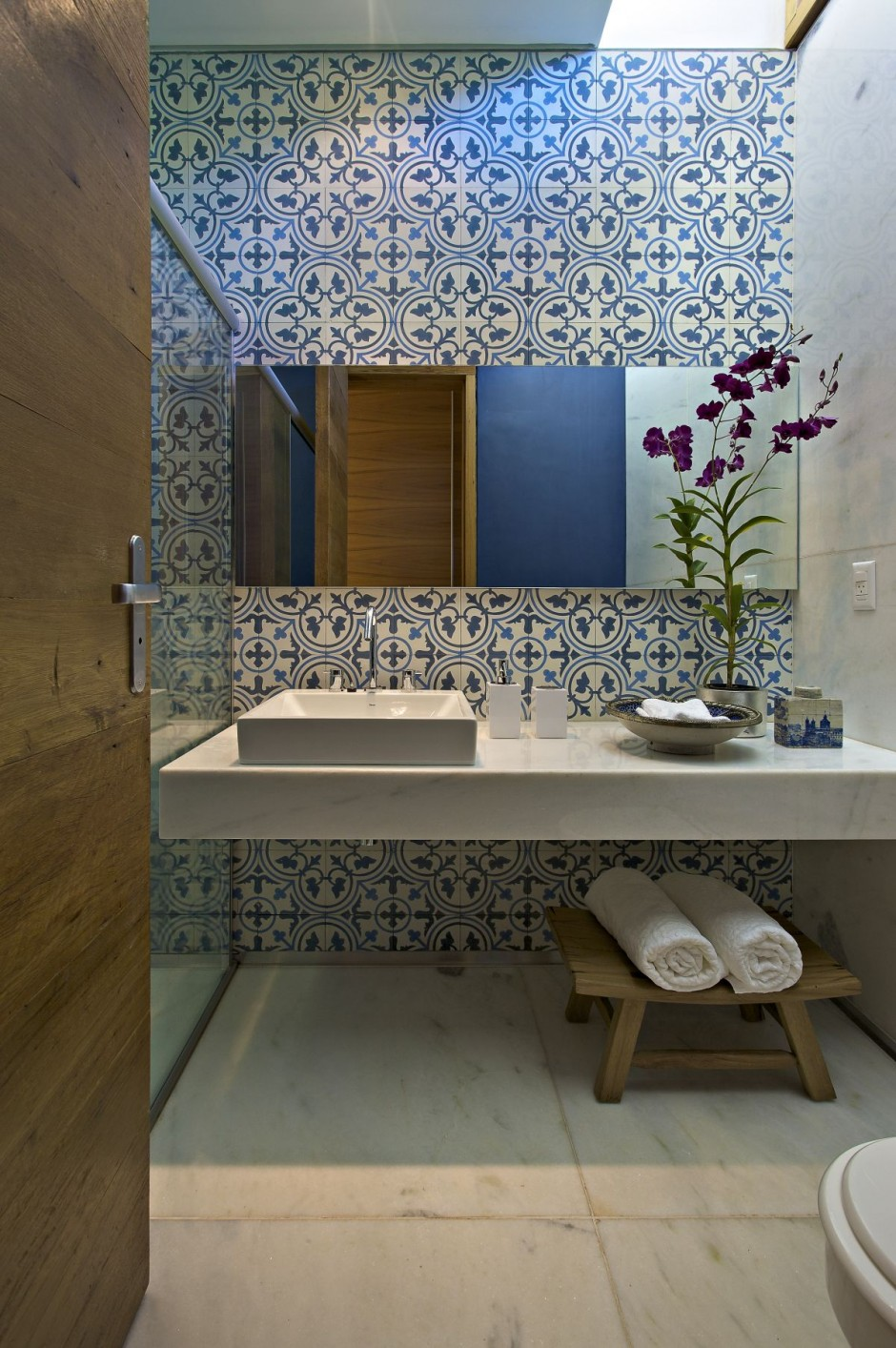 - Amazing contemporary bathroom design ideas at lovely home ...