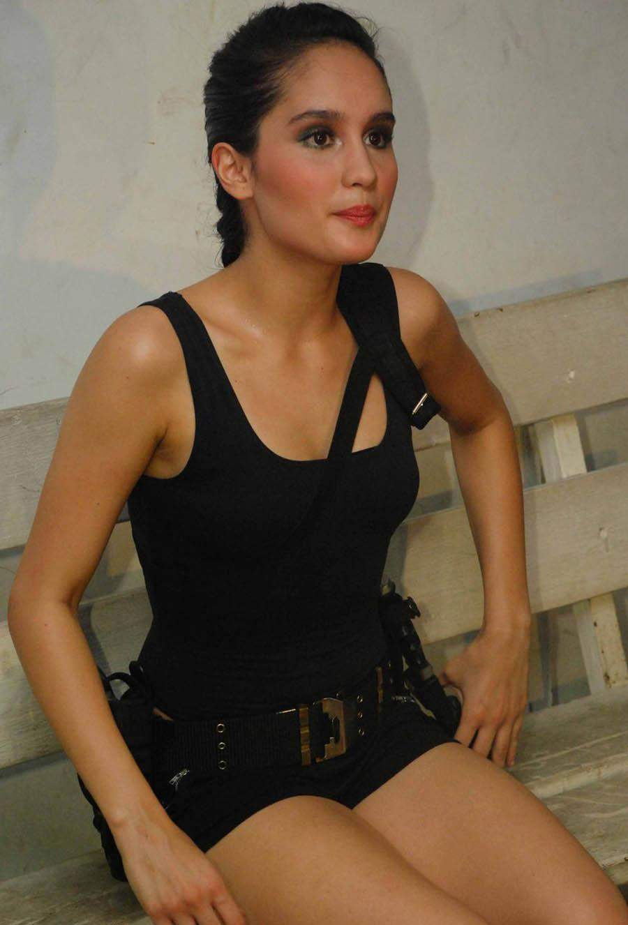 Indonesian Celebrity Classy photo collection indonesian celebrity cinta laura