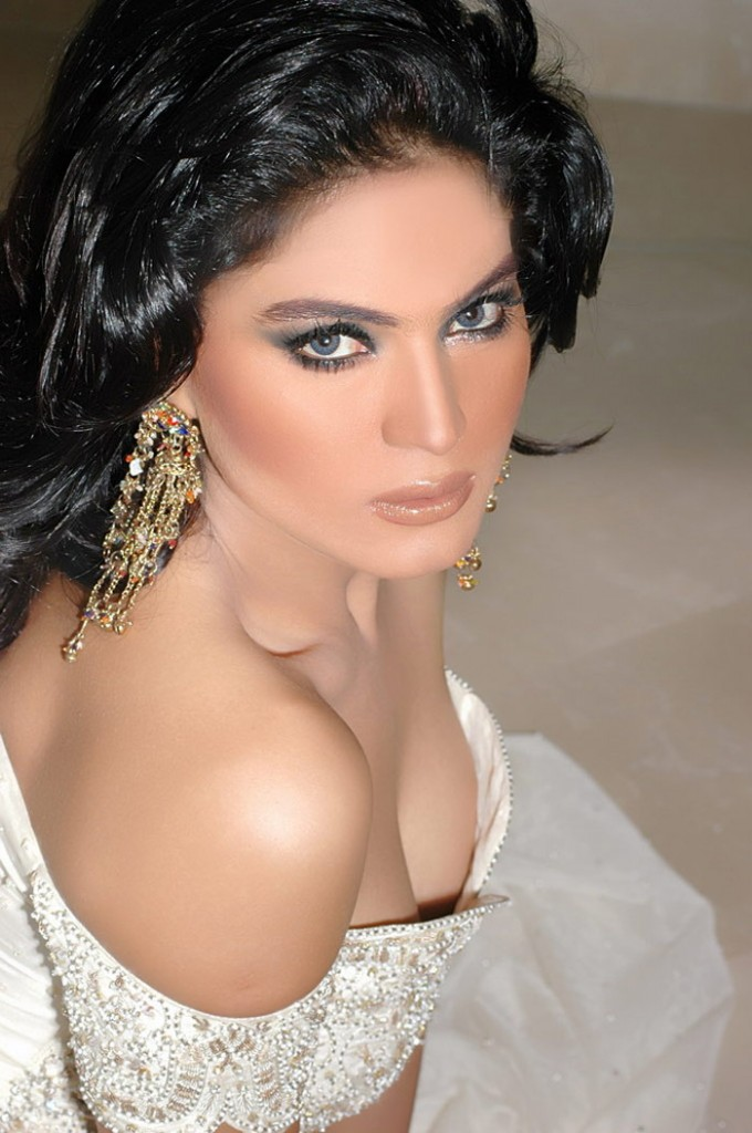 Veena Malik Towel