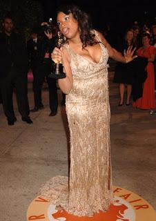 Jennifer Hudson wins an Oscar