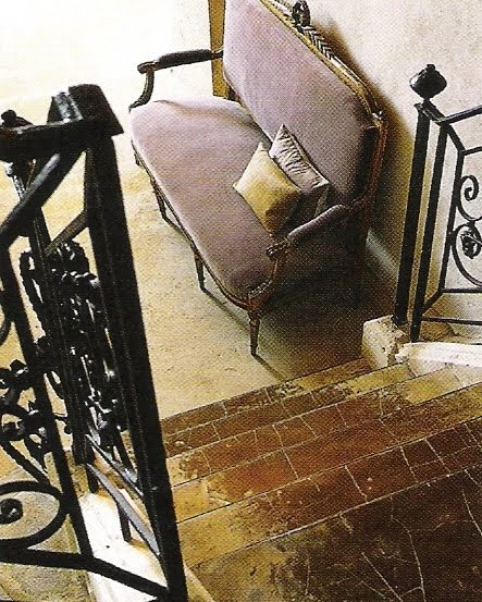Wrought iron railing, velvet settee, Ct Sud Dec 2004-Jan 2005 edited by lb for linenandlavender.net