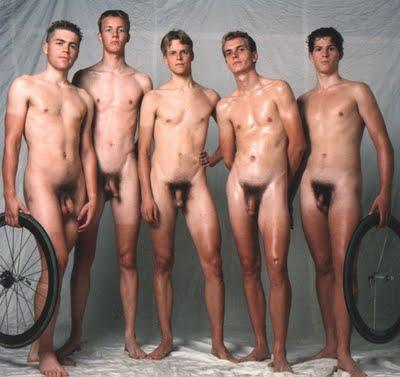 Desnudo en el grupo