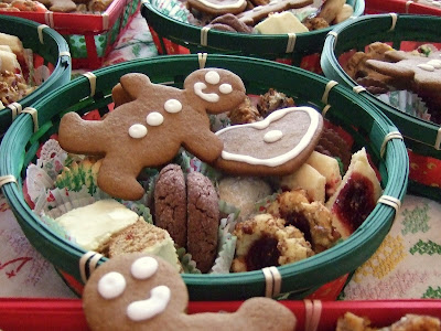 the christmas cookie baskets - Christmas Cookie Baskets