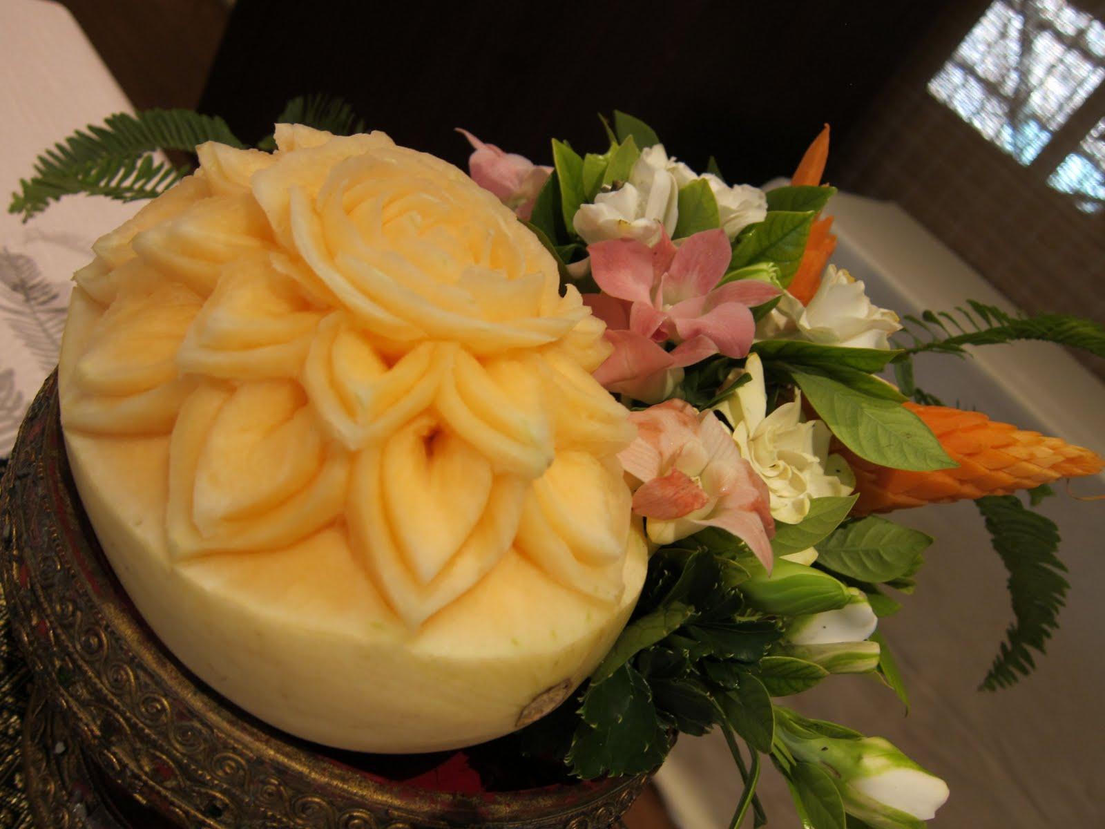 Foodicles thailand fruit vegetable carvings