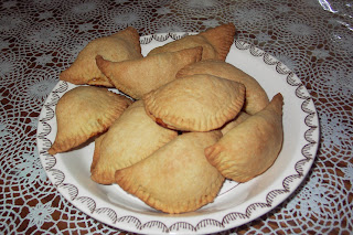Tambien aprendí a hacer Empanadas Colombianas, que son hechas de ...