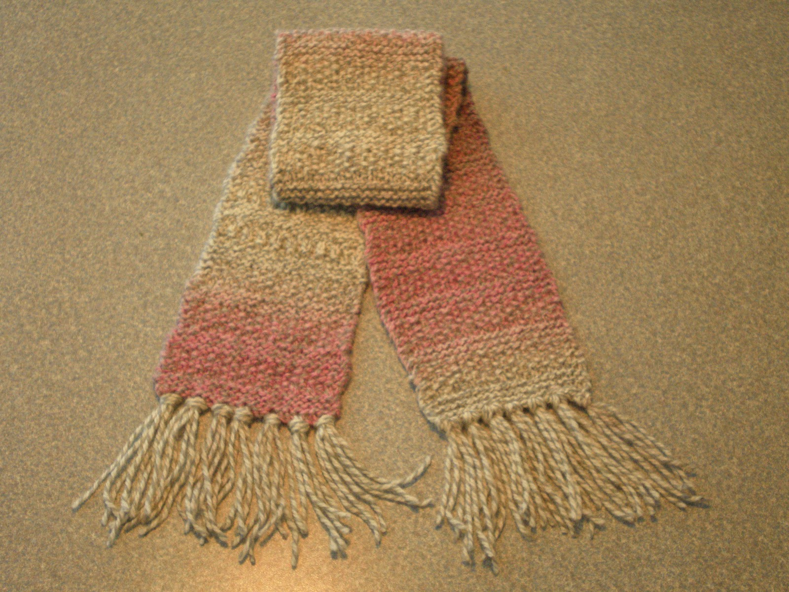 Knitting Pattern For Minion : My Useless Crafts and Such: Knit and Purl Scarf