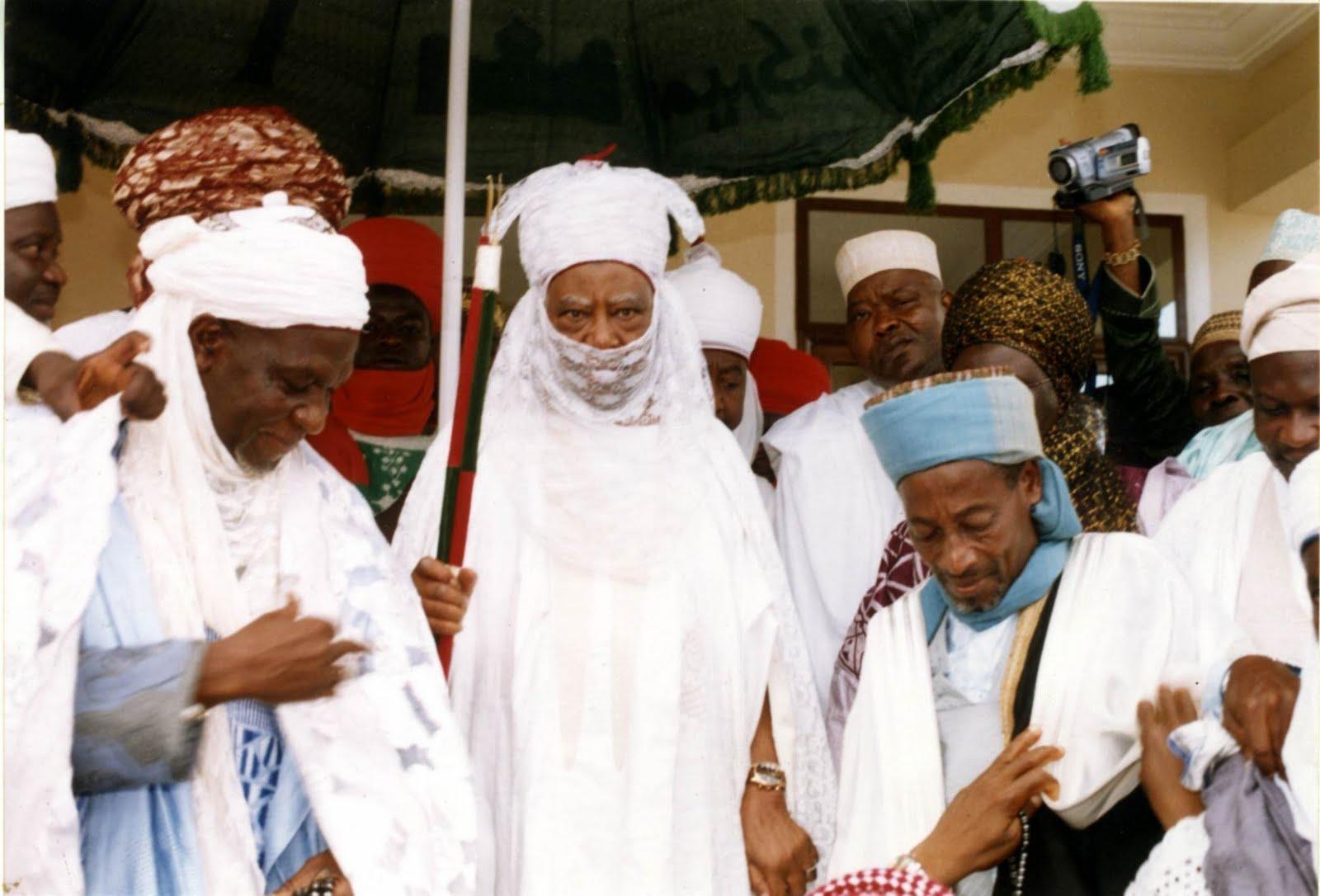 http://1.bp.blogspot.com/_nXCB4LUvARw/S_EEe2FiUxI/AAAAAAAABi4/-ZRWnITKoV8/s1600/emir+of+Kano+in+Kumasi.jpg
