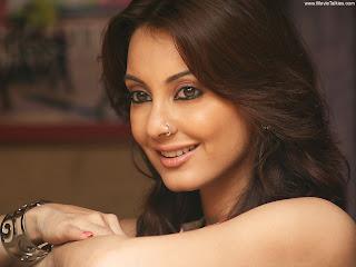 Sexy Bollywood/Indian actress Minissha Lamba