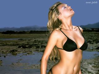 Finnish-born Italian model and film actress Anna Falchi