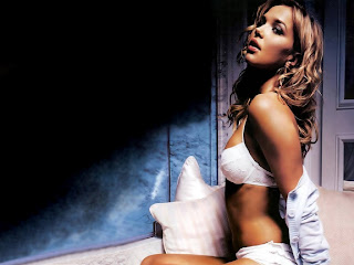 American film and television actress Arielle Kebbel