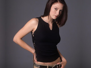 Chyler Leigh-wallpapers,photos,biography,pics