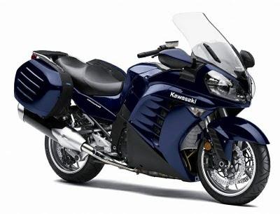 luxury Kawasaki GTR 1400 bike Concours