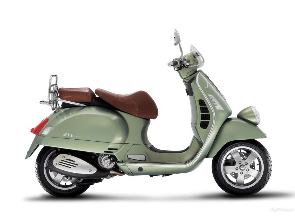 scooter motor Vespa GTV LXV 250 title=