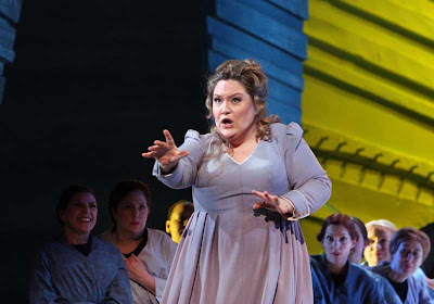 Jennifer Wilson in The Flying Dutchman, Washington National Opera, 2008, photo by Karin Cooper