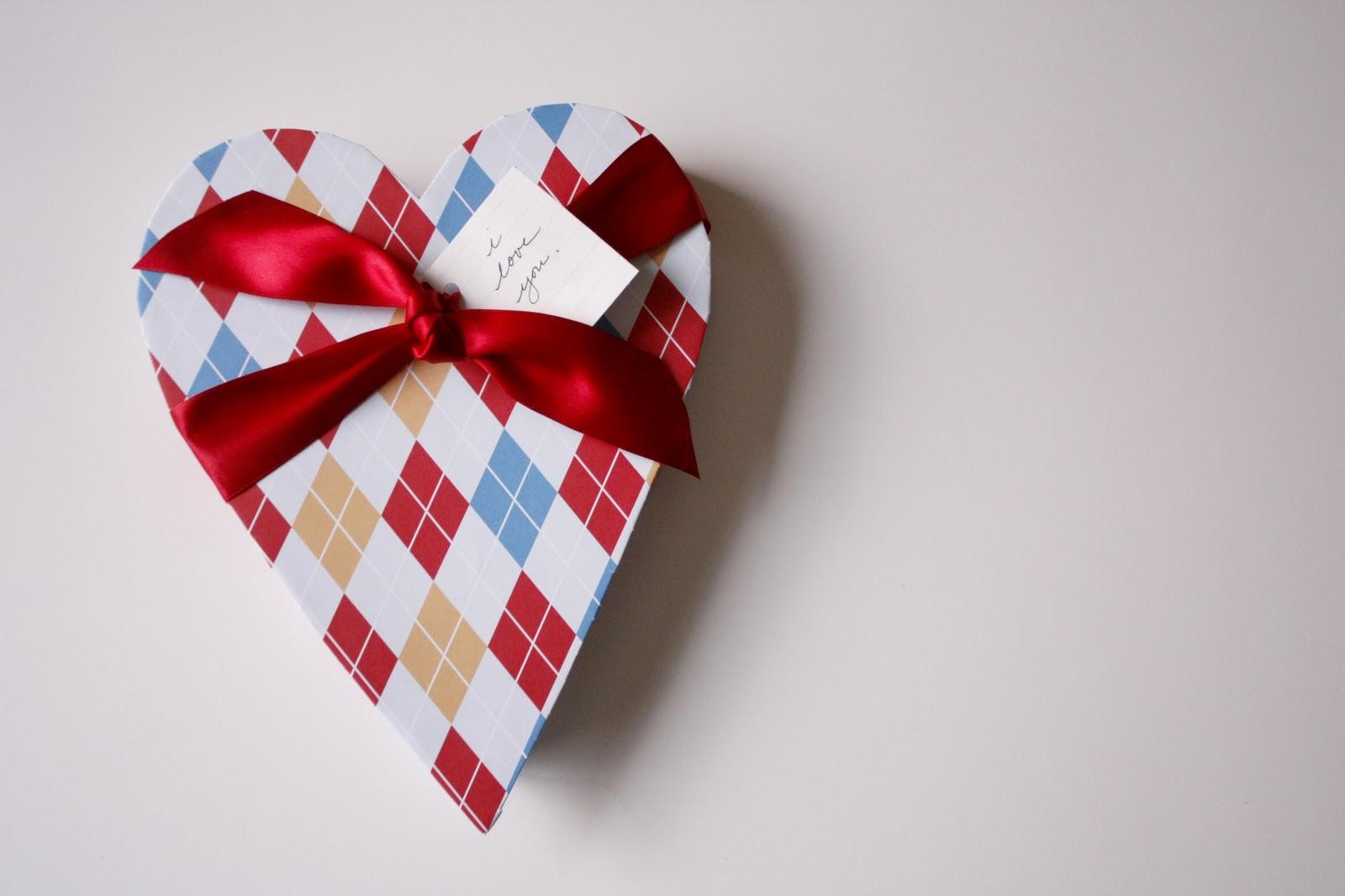 Коробочка сердечко своими руками из картона