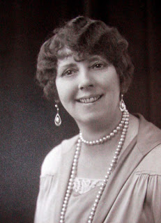 aunt Hilda, sometime in the 1920s or early 30s