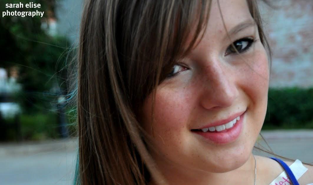 Sarah Elise Nude Photos 10