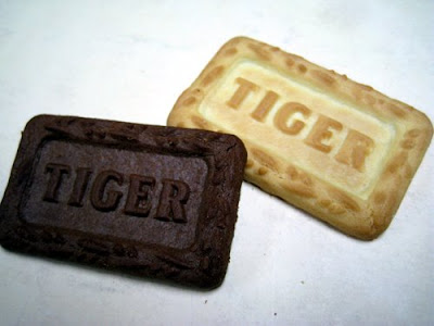 Kraft Tiger Energy Biscuits in chocolate and vanilla