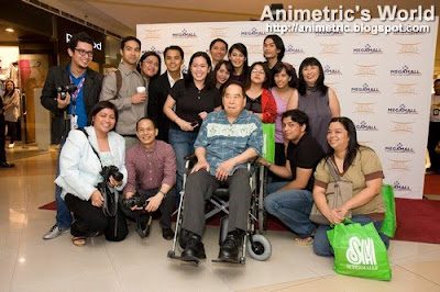 Bloggers with SM's Henry Sy