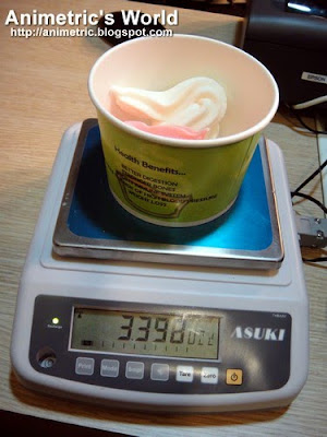Weighing yogurt at Yoggle