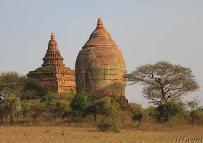 >stupa in old and new Bagan