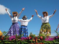Hawaiian Women Dancers