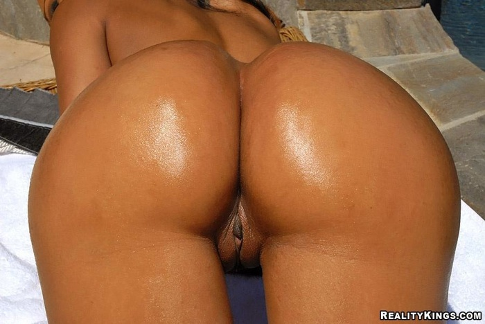 Sexy girls with big bums