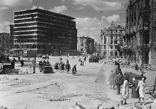Ii dünya savaşı sonrası berlin potsdamer platz 1945