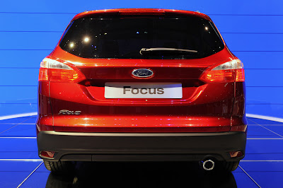 2011 2012 Ford Focus Wagon L Reviews and Specs