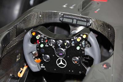 2009 McLaren MP4-24 F1 Photo
