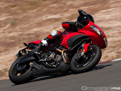 New Buell 1125R DSB 2009Comparison